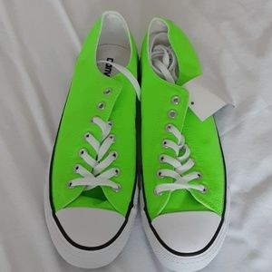 Cool Neon Green Gecko Converse
